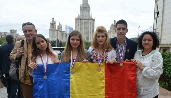 Elevii români au obţinut locul întâi la Olimp…