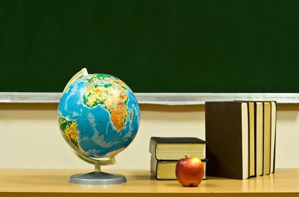 Şcoală din România, în elita educaţiei britan…